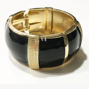 Jewelry - Elegant Fashion Black gold cuff bracelet